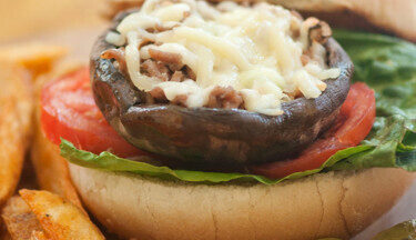 LC Turkey Stuffed Mushroom burger TT