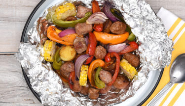 bbq-turkey-sausage-potato-and-vegetable-foil-packs-l-web-final